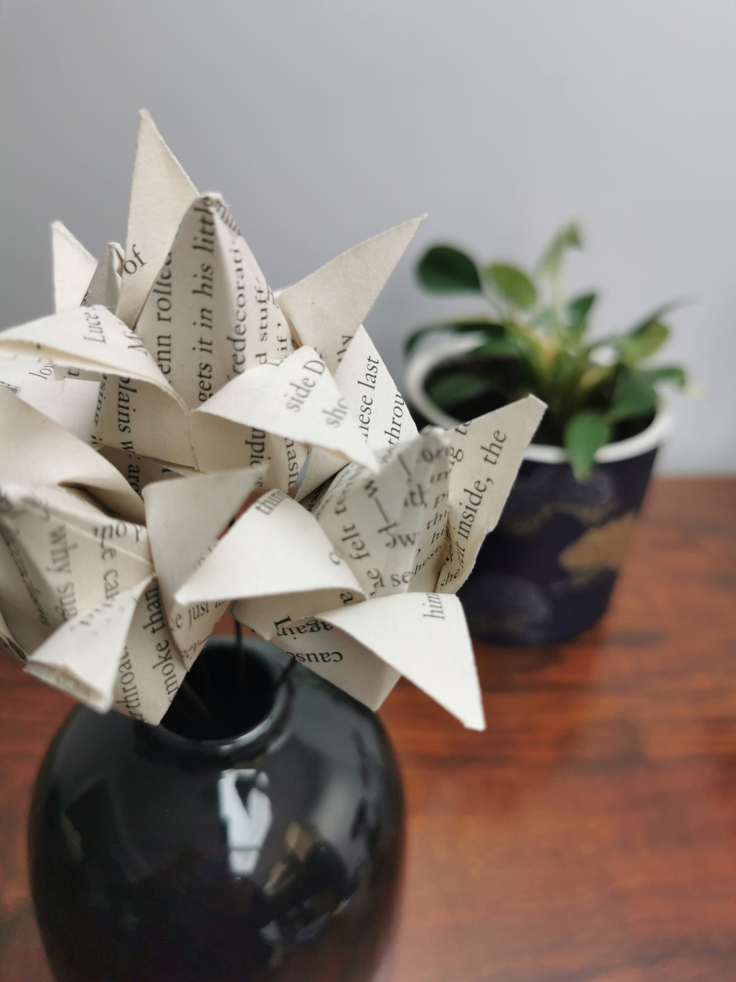 Origami Tulips - book pages (bunch of 5)