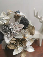 Load image into Gallery viewer, Origami Paper Flowers - Gold, White and Grey mix