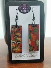 Load image into Gallery viewer, SD Earrings -  Red Chiyogami Pattern Paper