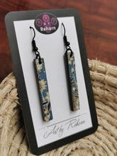 Load image into Gallery viewer, SD Earrings - Blue, White & Gold Floral Chiyogami pattern