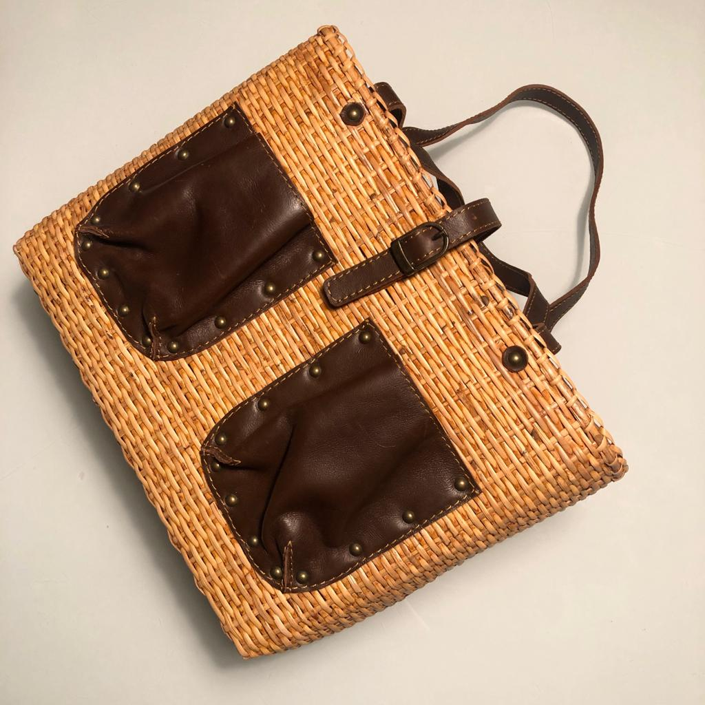 Lunar Rattan Wine Bag