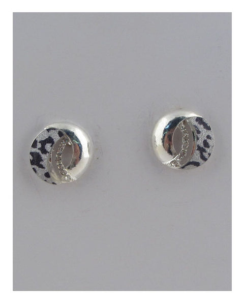 Stud earrings w/rhinestones