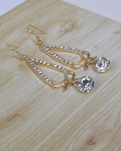 Teardrop Earrings with Crystal and Bow