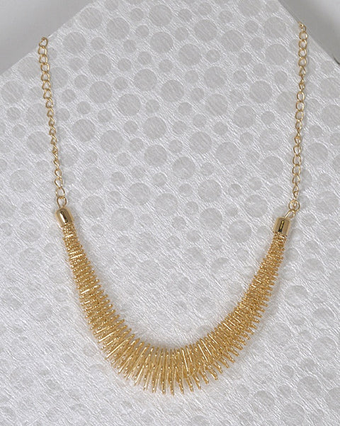 Spring Design Necklace with Curb Chain