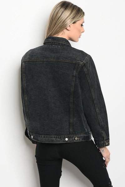 Ladies fashion long sleeve denim boyfriend fit jacket that features a collard neckline and pin details