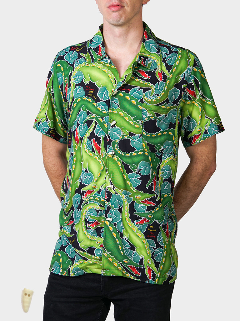Gator BayouWear Hawaiian Shirt Mens Back
