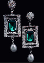 Load image into Gallery viewer, Crystals with Pearl Drop Dangling Earrings