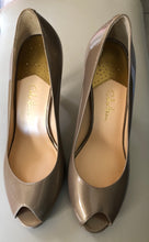 Load image into Gallery viewer, Cole Haan OT Air Pump Open Toe Champagne Pump