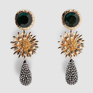 Naomi Flower Dangle Earrings