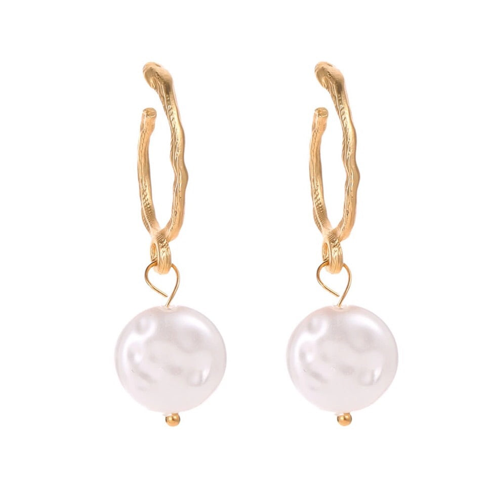 Lydia Small Gold Pearl Drops