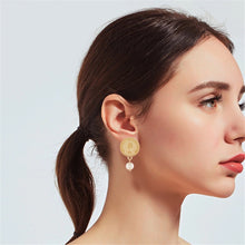 Load image into Gallery viewer, Gold Coin Pearl Drop Earrings