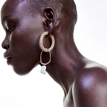 Load image into Gallery viewer, Linda Drop Earrings