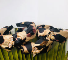 Load image into Gallery viewer, The Signature BEEJOUX Headband