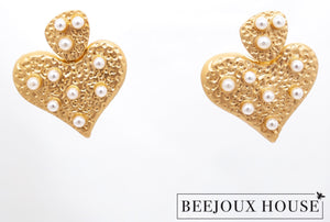 Coeur de Perle Heart of Pearl Earrings