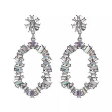 Load image into Gallery viewer, Noelle Crystal Earrings