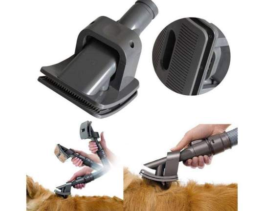 360 VACUUM GROOMING BRUSH