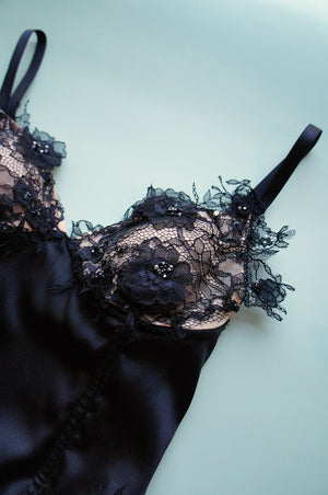 Size XS/S Black Silk and Lace Appliqué Bustier