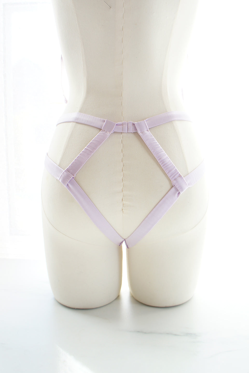 Elektra Caged Ouvert Panty Lavender Silk