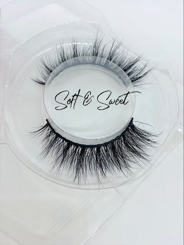 Diva Lashes SOFT&SWEET Lash Strips