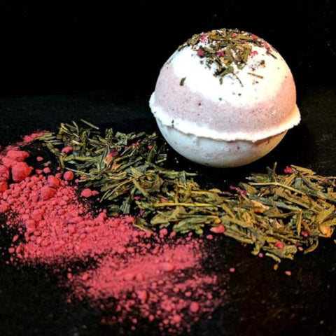 Raspberry & Pomegranate Tea Bomb