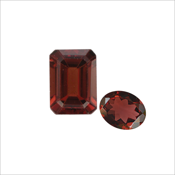 JANUARY BIRTHSTONES - GARNET