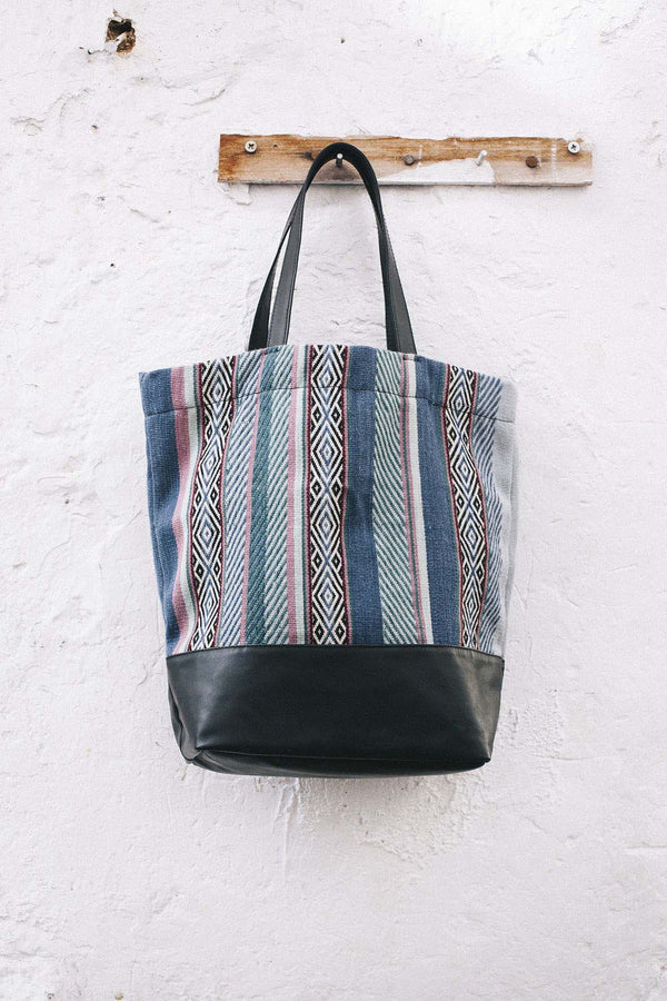 Handwoven Peruvian Wool Tote Bag - Earth