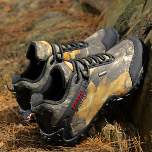 Newest Men Hiking Shoes Waterproof Canvas Outdoor Shoes Anti-skid Mountain Climbing Fishing Boots Sneakers hunting Shoes 8068 - thegsnd