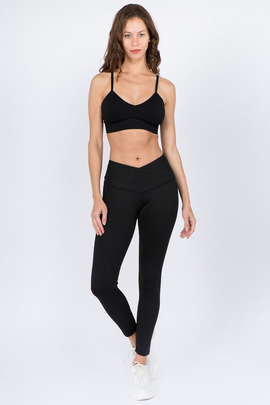 V-Waistband Solid Workout Leggings