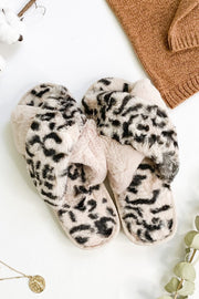Crossed Line Tie Dye Fur Slippers