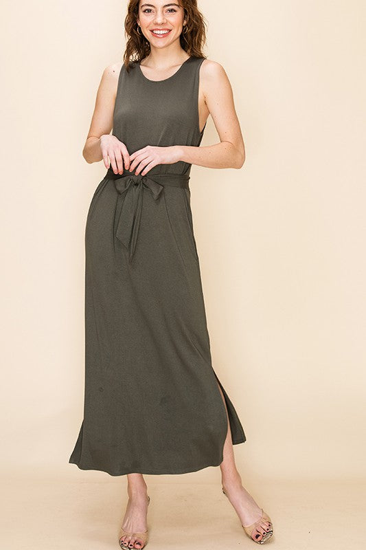 Sleeveless Shift Midi Dress