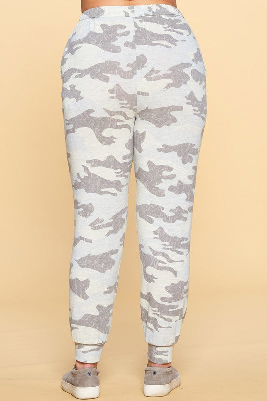 Camouflage Printed Hacci Jersey Joggers - Curvy