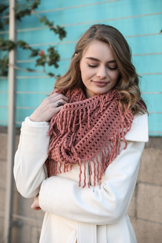 Lattice Knit Tassel Infinity Scarf - Rose
