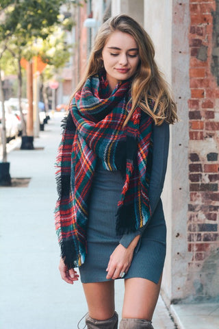 Classic Plaid Blanket Scarf - Black/Green/Red