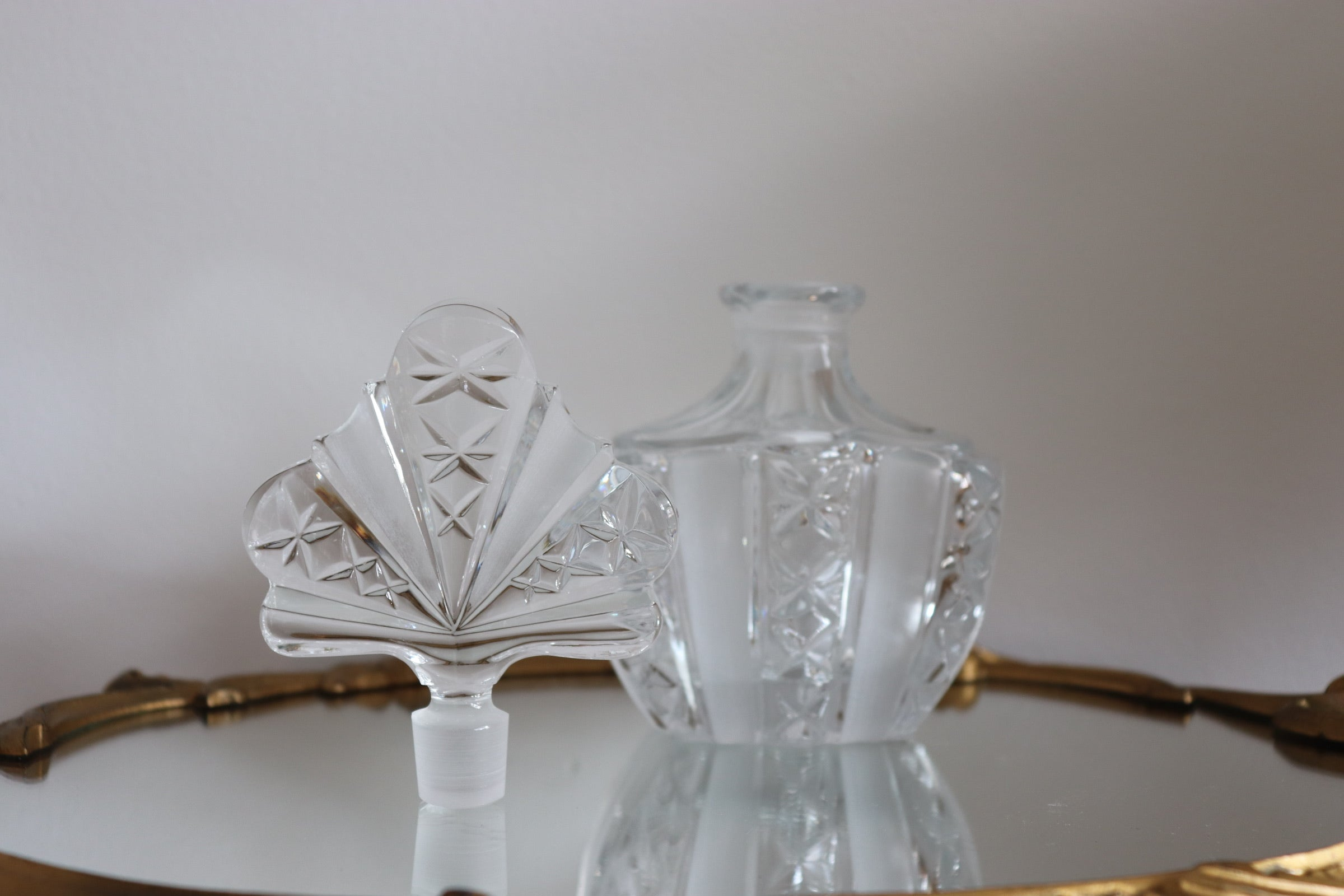 Vintage Crystal Perfume Bottle with Fan Stopper