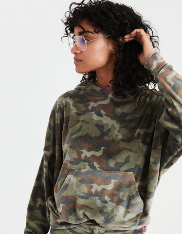 AE Cozy Ever After Hoodie in Camo Green