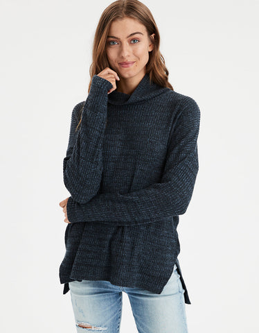 AE Slouchy Plush Turtleneck in Midnight Blue