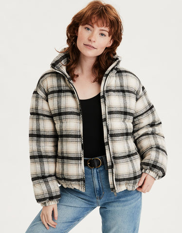 AE Plaid Flannel Puffer Jacket in Black