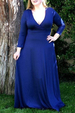 Plunging Neckline 3/4 Sleeve Solid Color Plus Size Dress