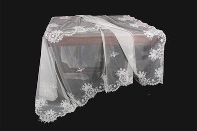 "ML16144 Paisley Lace Beaded Tablecloth, 80""X80"""