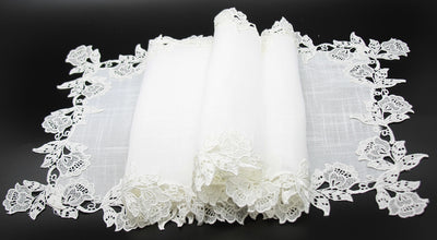 ML16149 English Rose Lace Trim Table Runner