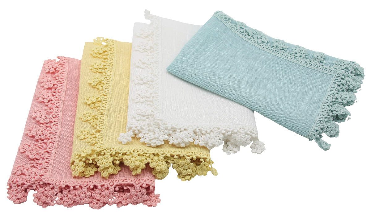 Set of 4 20-Inch 20 x 20 ML16151 White Manor Luxe Floral Garden Lace Trim