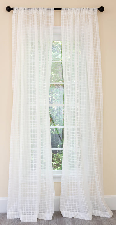 ML16246 Bonita Plaid Sheer Curtain