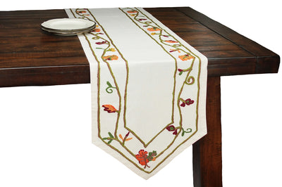 XD10813 Harvest Vine Table Runner