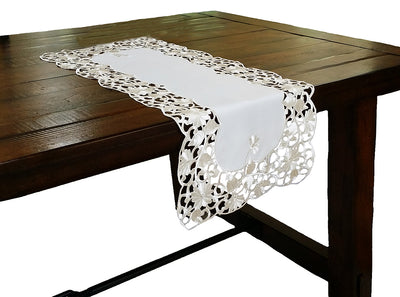 XD110733 Daisy Lace Table Runner