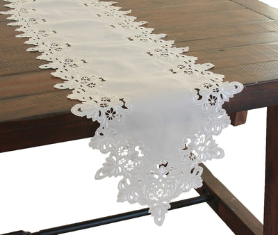 XD13988 Victorian Lace Table Runner