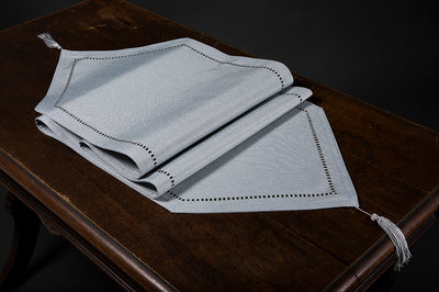 XD915918  Melrose Hemstitch Table Runner