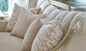 CARMEL LOVESEAT