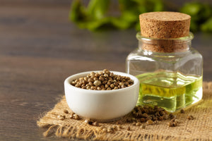 4 Benefits of Hemp Seed Oil