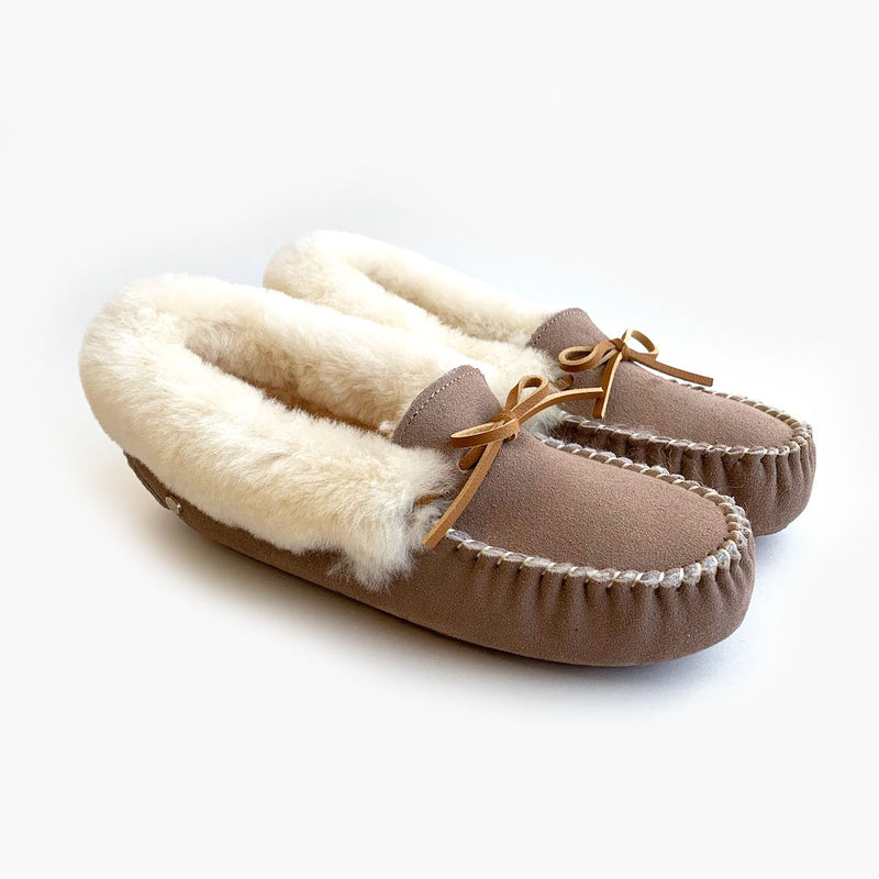 Cozy Mocassin Sheepskin Slippers