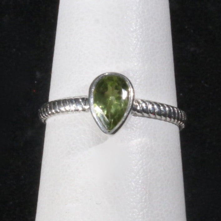 Peridot teardrop stacker ring